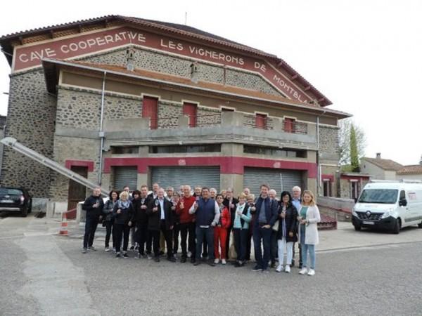 csm_2019_04_02_Auf_Weinexkursion_in_Suedfrankreich_Kaiserstuehler_Weinerzeuger_besuchten_Weinkeller_Montblanc_e064