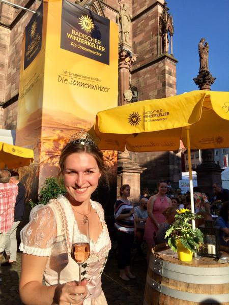 csm_1__Zum_Wohl_auf_die_Sonnenwinzer_beim_Freiburger_Weinfest_2019_e4d4d0046f